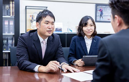 様々な専門分野を持つコンサルタントやパートナーが協働
